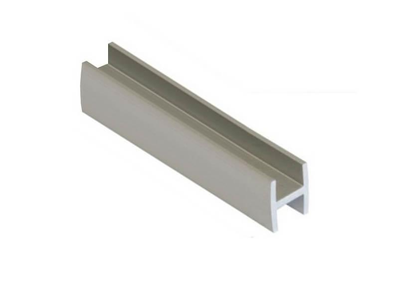 Планка щелевая Н для стеновой панели 600 мм