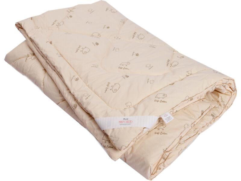фото Одеяло стеганое на овечьей шерсти легкое