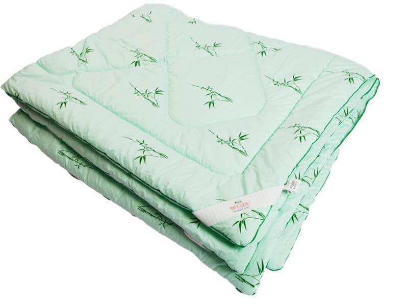 фото Одеяло стеганое на бамбуковом волокне легкое