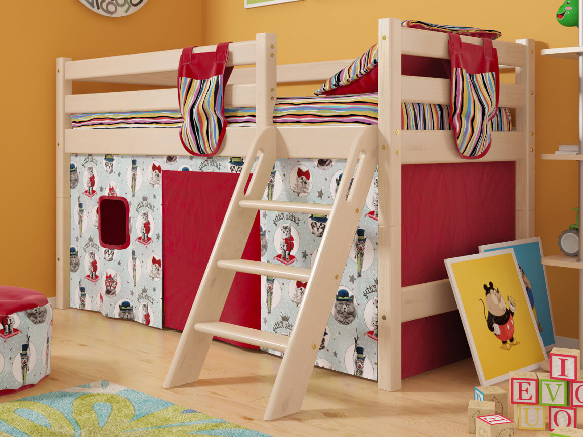 фото Низкая кровать Соня с наклонной лестницей No 12