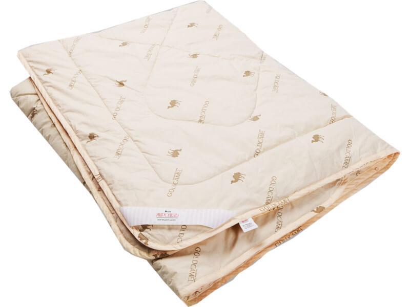 фото Одеяло стеганое на верблюжьей шерсти теплое